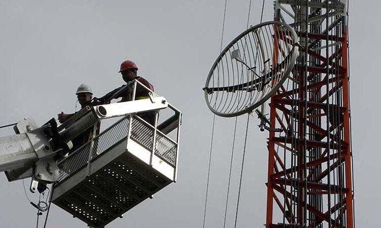 Installation d'équipements pour stations de radio
